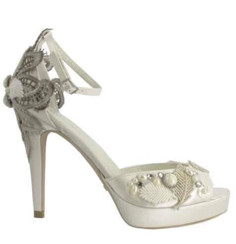 Zapatos de novia 2012 – IV: Menbur