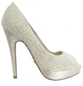 Zapato de novia pedrería blanca