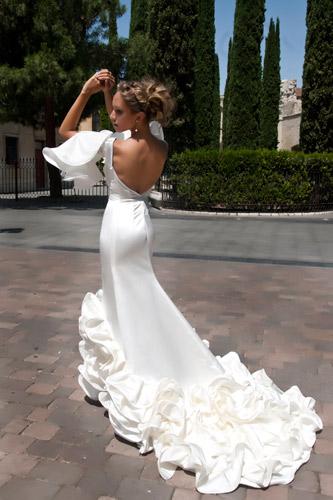 Vestido de novia. Fotografía: Markos Yllana
